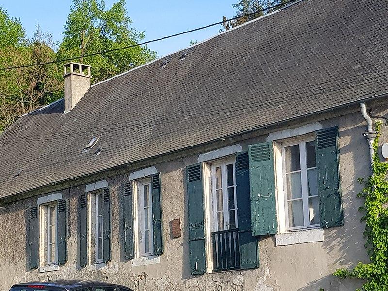 Photo du Monument Historique Vendangeoir des Frères Le Nain situé à Bourguignon-sous-Montbavin