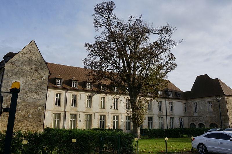 Photo du Monument Historique Ancien séminaire situé à Laon