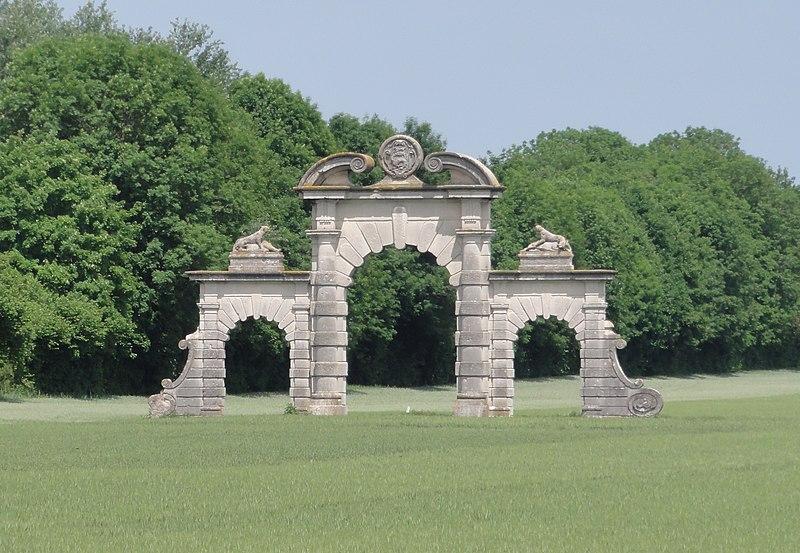 Photo du Monument Historique Vestiges du château de Soupir situé à Soupir