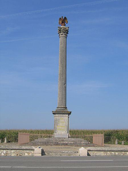 Photo du Monument Historique Colonne commémorative de Montmirail situé à Marchais-en-Brie