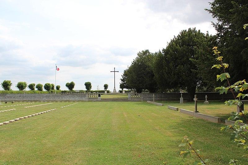 Photo du Monument Historique Cimetière franco-allemand de Le Sourd situé à Lemé