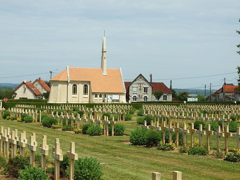 Photo du Monument Historique Chapelle du Souvenir et lanterne des morts situé à Cerny-en-Laonnois