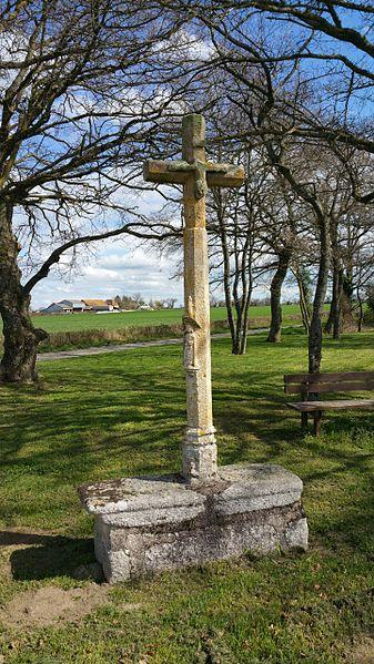 Photo du Monument Historique Croix dite Croix des Ages ou Croix de la Roi situé à Archignat