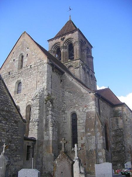 Photo du Monument Historique Eglise Saint-Martin situé à Bessay-sur-Allier