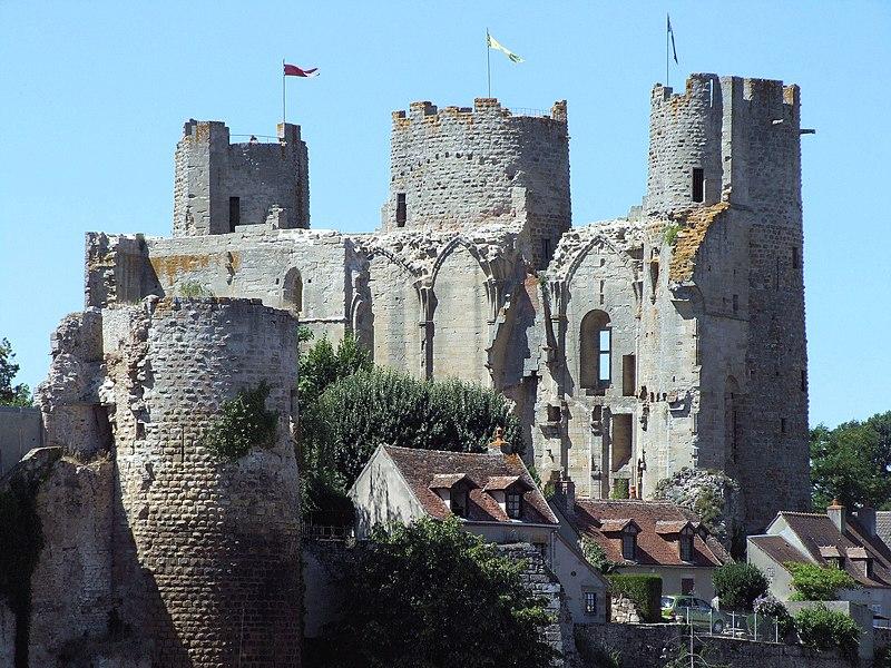Photo du Monument Historique Château situé à Bourbon-l'Archambault