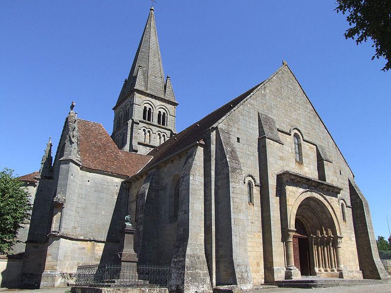 Photo du Monument Historique Eglise Saint-Georges situé à Bourbon-l'Archambault