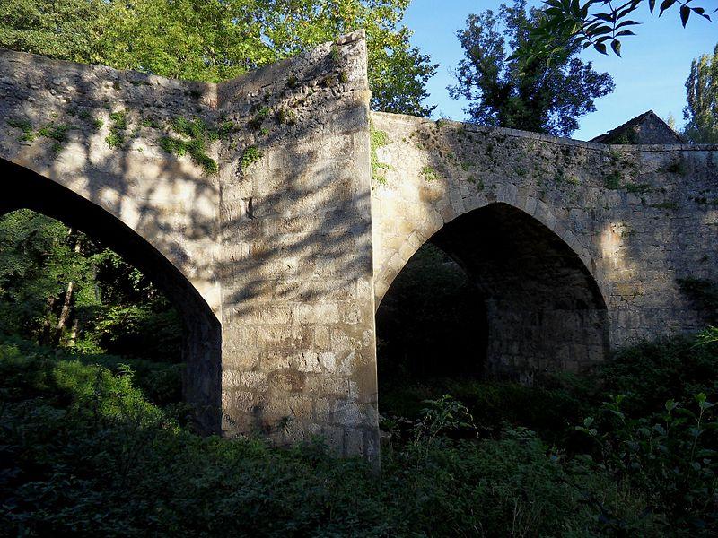 Photo du Monument Historique Pont sur le Gaduet situé à Bransat