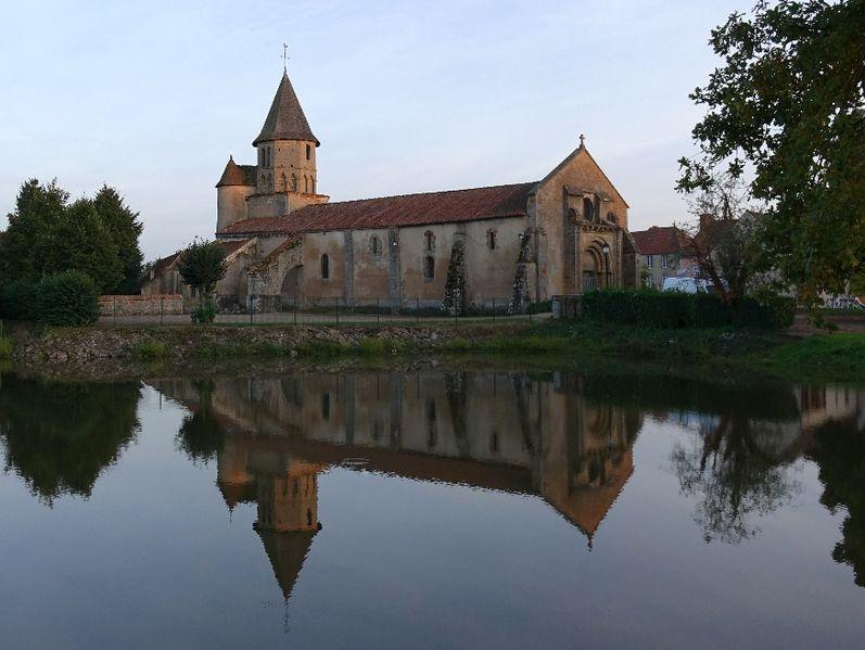 Photo du Monument Historique Eglise Sainte-Anne situé à Chappes