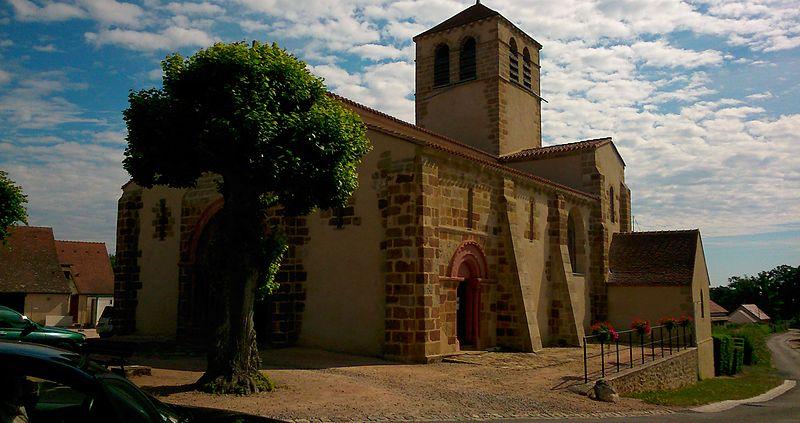 Photo du Monument Historique Eglise Saint-Denis situé à Chemilly