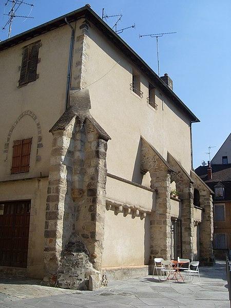 Photo du Monument Historique Restes de l'ancienne chapelle Saint-Louis situé à Montluçon