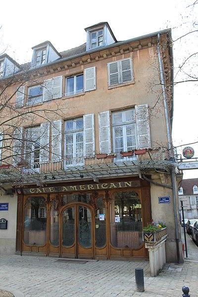 Photo du Monument Historique Café américain situé à Moulins