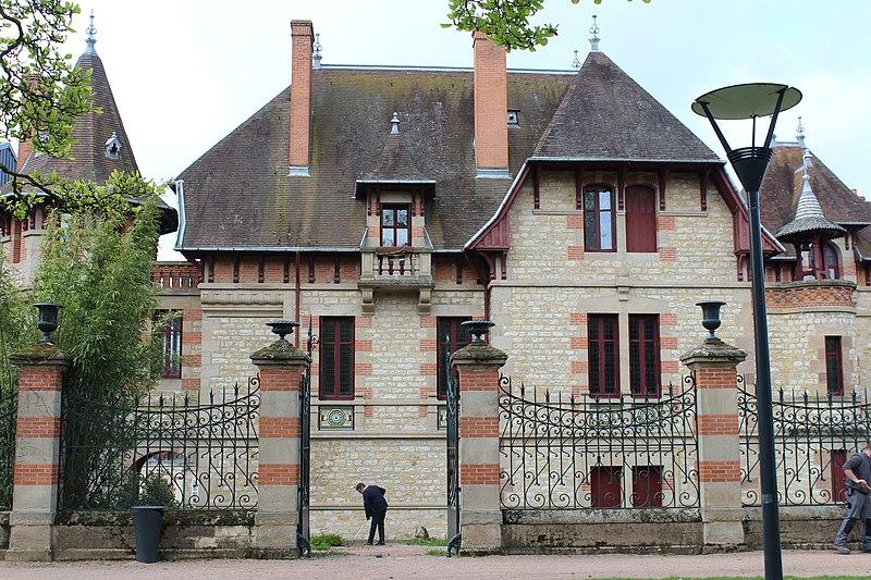 Photo du Monument Historique Maison Mantin situé à Moulins