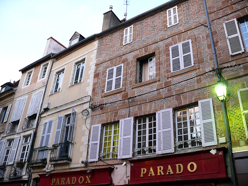 Photo du Monument Historique Maison situé à Moulins