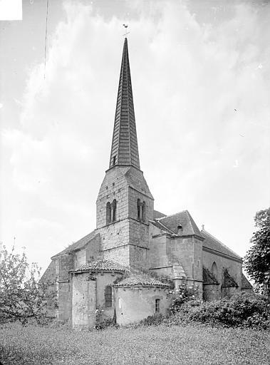 Photo du Monument Historique Eglise Saint-Saturnin situé à Rocles