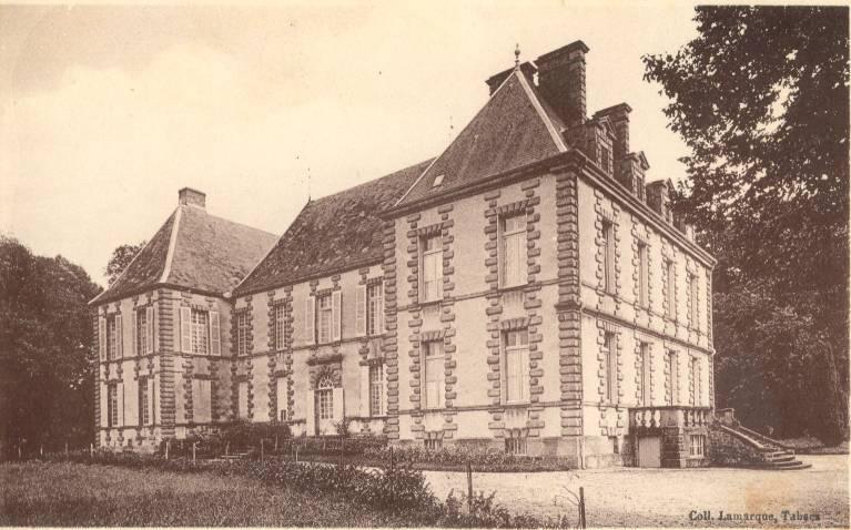 Photo du Monument Historique Château de Souys situé à Saint-Menoux