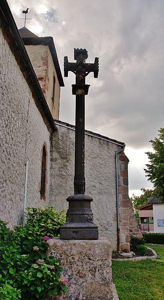 Photo du Monument Historique Croix situé à Saint-Pierre-Laval
