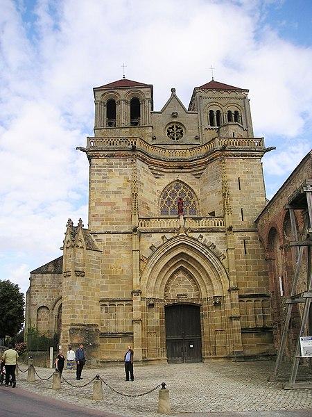 Photo du Monument Historique Prieuré bénédictin de Souvigny situé à Souvigny