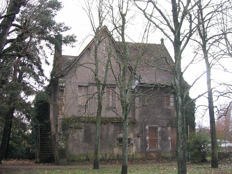 Photo du Monument Historique Ancien couvent des Célestins situé à Vichy