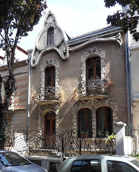 Photo du Monument Historique Maison Art Nouveau situé à Vichy
