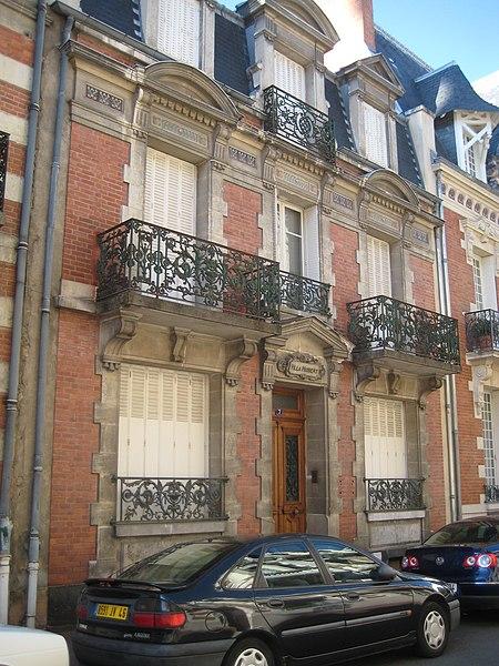 Photo du Monument Historique Villa Hubert situé à Vichy