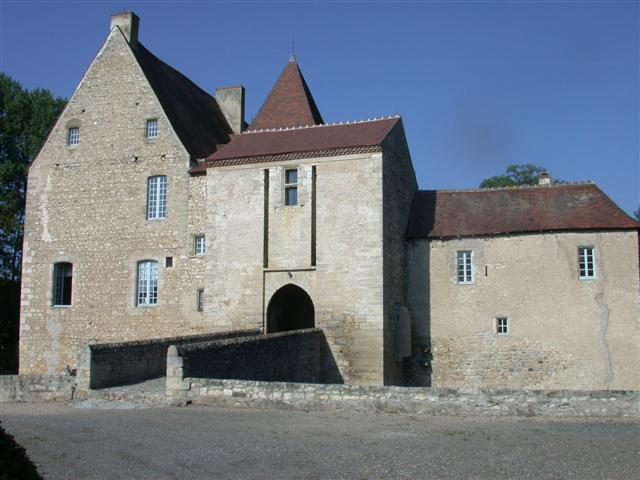 Photo du Monument Historique Manoir ou château de la Mothe situé à Vicq