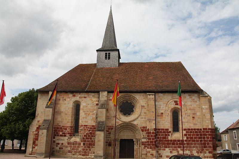 Photo du Monument Historique Eglise Saint-Jacques-le-Majeur situé à Villefranche-d'Allier