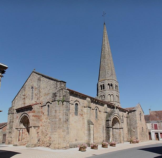 Photo du Monument Historique Eglise Saint-Martin situé à Ygrande