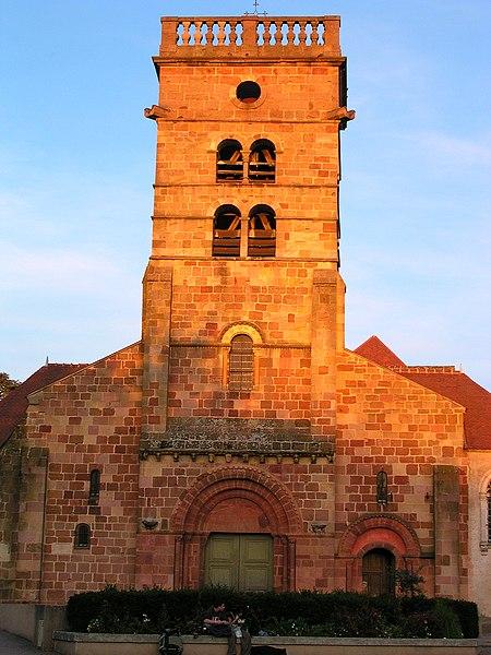 Photo du Monument Historique Eglise Saint-Pierre situé à Yzeure
