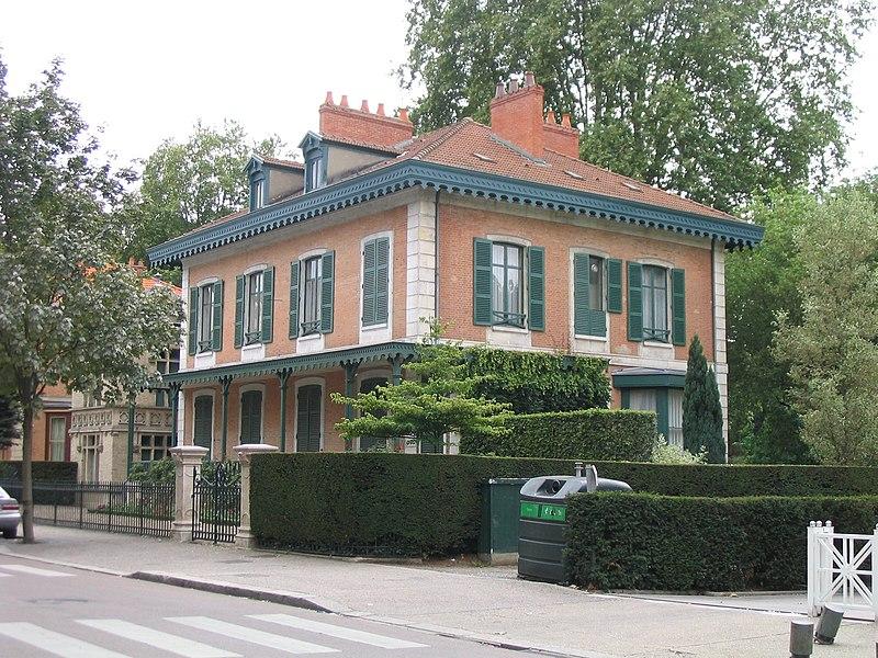 Photo du Monument Historique Maison dite Chalet de Clermont-Tonnerre situé à Vichy