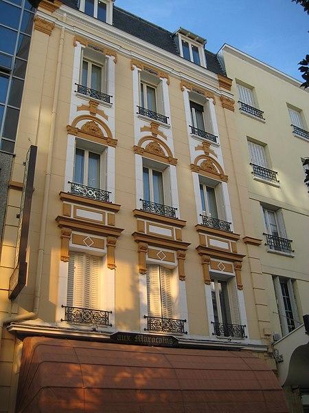 Photo du Monument Historique Immeuble (confiserie Aux Marocains) situé à Vichy