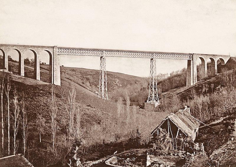 Photo du Monument Historique Viaduc du Bellon situé à Coutansouze