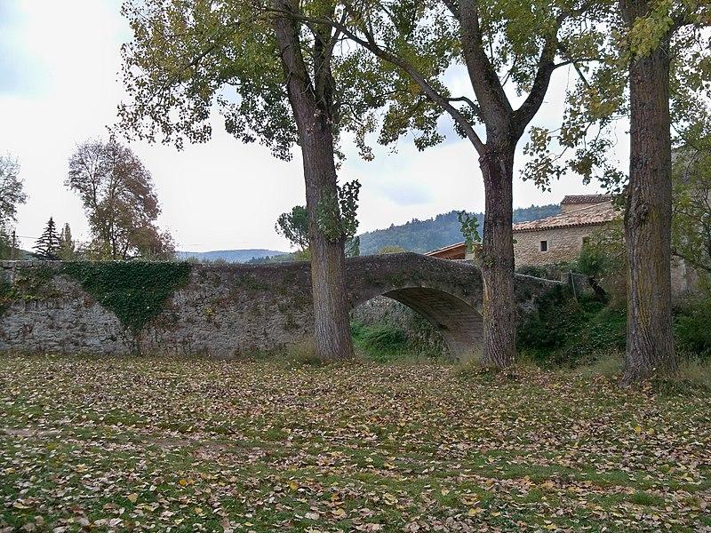 Photo du Monument Historique Pont romain sur le ravin de l'Encreme situé à Céreste