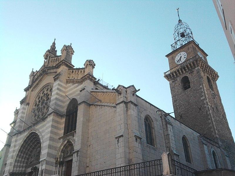 Photo du Monument Historique Cathédrale Saint-Jérôme situé à Digne-les-Bains