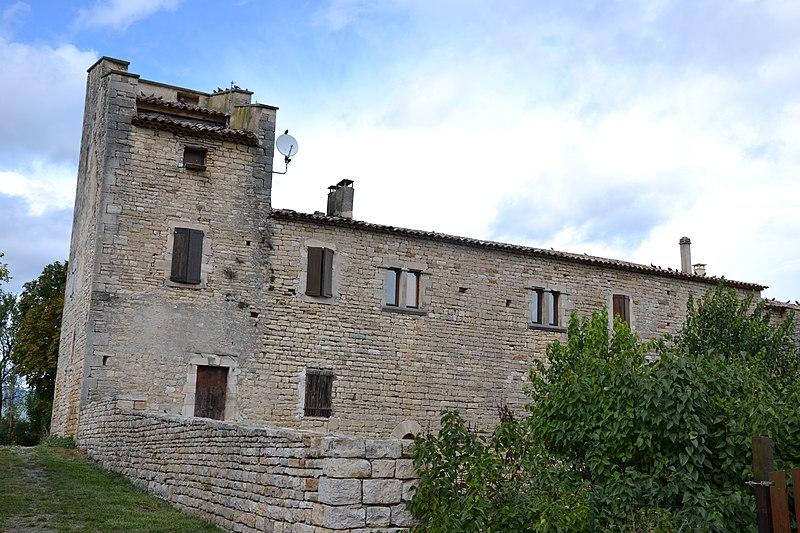 Photo du Monument Historique Château des Ybourges (dit aussi Ferme fortifiée des Ybourgues) situé à Limans