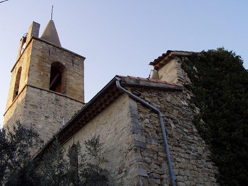 Photo du Monument Historique Eglise situé à Pierrevert
