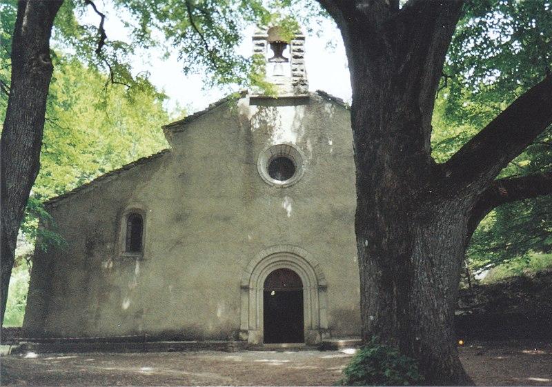 Photo du Monument Historique Abbaye Notre-Dame-de-Lure (restes de l'ancienne) situé à Saint-Etienne-les-Orgues
