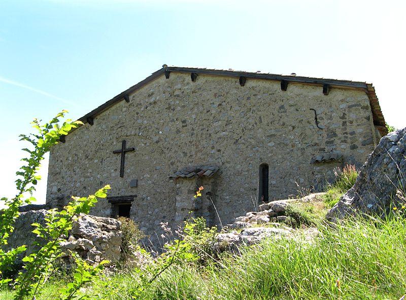 Photo du Monument Historique Chapelle Notre-Dame de Dromon situé à Saint-Geniez