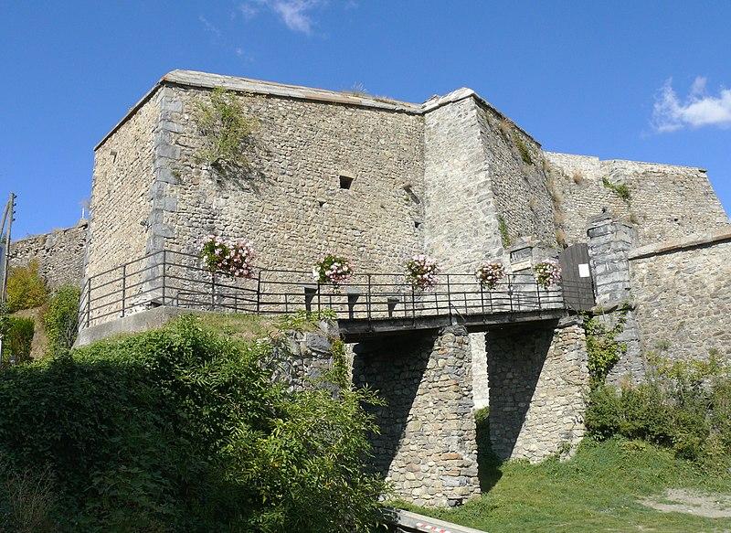Photo du Monument Historique Citadelle situé à Seyne