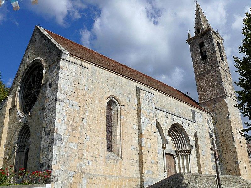Photo du Monument Historique Eglise situé à Seyne