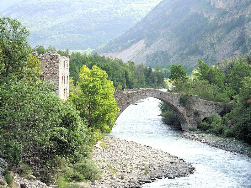 Photo du Monument Historique Ancien pont d'Ondres dit pont du Moulin sur le Verdon situé à Thorame-Haute