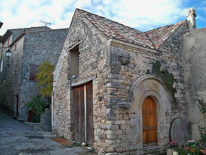 Photo du Monument Historique Maison médiévale situé à Céreste