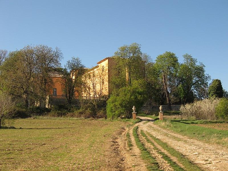 Photo du Monument Historique Château de Bel Air situé à Sigonce