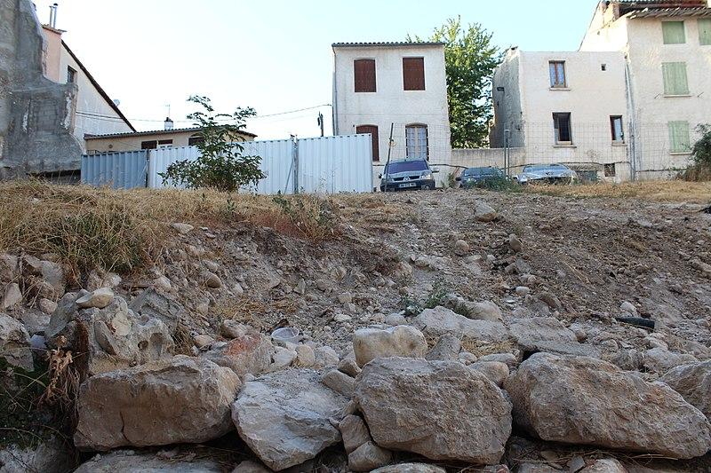 Photo du Monument Historique Maison à encorbellement situé à Riez