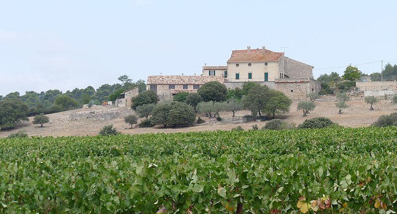 Photo du Monument Historique Château Sainte-Marguerite situé à Pierrevert