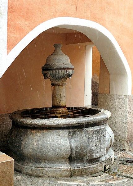 Photo du Monument Historique Fontaine des Soupirs situé à Briançon