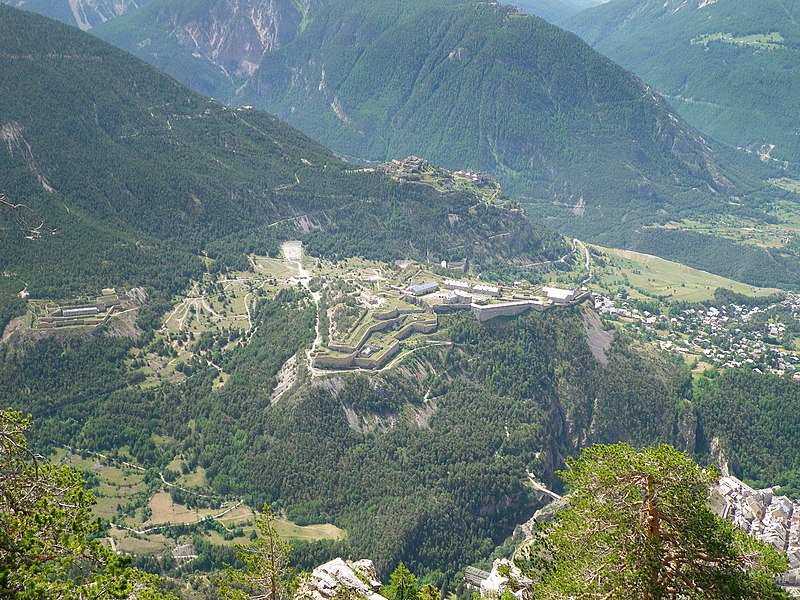 Photo du Monument Historique Fort des Trois-Têtes situé à Briançon