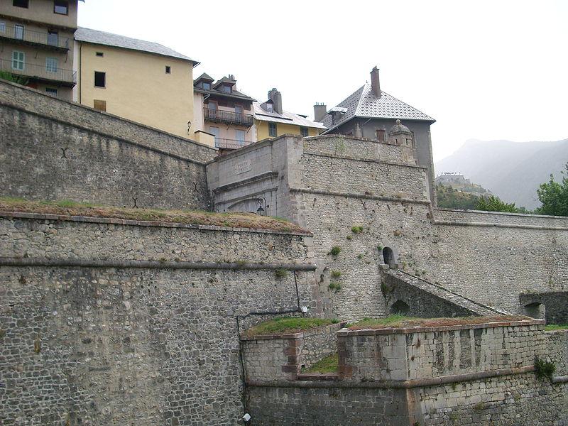 Photo du Monument Historique Anciennes fortifications de la Ville Haute situé à Briançon