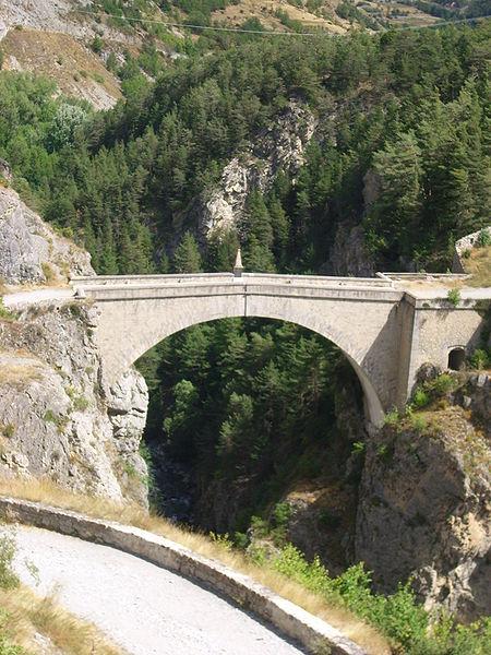 Photo du Monument Historique Pont d'Asfeld sur la Durance situé à Briançon