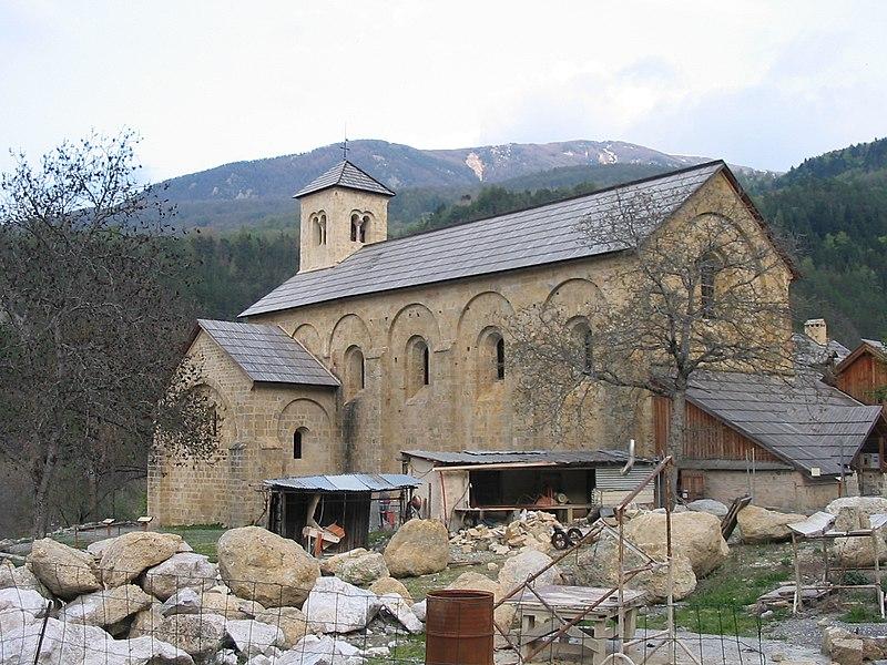 Photo du Monument Historique Ancienne abbaye de Boscodon situé à Crots