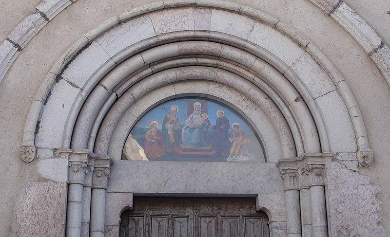 Photo du Monument Historique Eglise Saint-Laurent situé à Crots